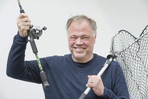 STEMME: – Hvis du ikke stemmer, gir du en halv stemme til noen du ikke vil ha, sier Knut Hvithammer (Ap). FOTO: JENS HAUGEN