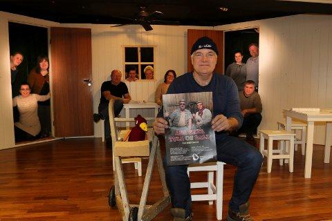 LOVER AKTIVITET: Selv om Åsa-gata-forestillingene  mest trolig blir historie, lover Kjell Korbøl nye aktivitetsmuligheter i Hof-Åsa.