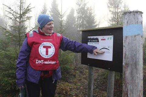 GUIDE: Lene Margrethe Sætaberget, daglig leder i DNT Finnskogen og Omegn, røper mange spennende turer i sommer. Blant annet prøver foreningen igjen med guidede etapper langs Finnskogleden.