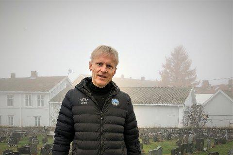"""Håvard Gimse har hjerte for KIL - lørdag skal æresborgeren være gjest i Glåmdalens """"Nettkjenning"""" og se og kommentere kampen sammen med Patrick Holtet."""