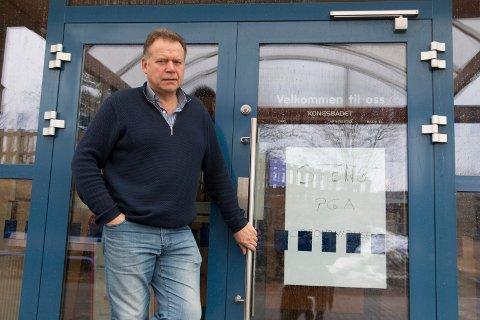 STENGT: Kongsbadet er stengt for besøkende inntil videre. Avdelingsleder idrett i KKE, Svein Olav Lund, understreker at dette er et forebyggende tiltak, og at det ikke er gjort noen smittefunn i tilknytning til svømmeanlegget.