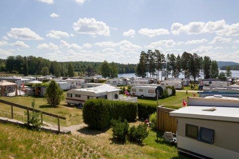 GJENÅPNER: Campinglivet kan begynne neste uke, men noen ting blir annerledes. Her er Dragonmoen Camping i Kongsvinger.