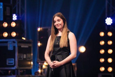 Mari Eriksen Bølla, med nær familie i Solør, er nå en av fire finalister i Idol 2020.