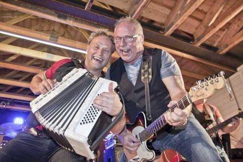 FREDAGSKONSERT: Odd Arne Sørensen reiser til musikkolleger og har fredagskonserter. Fredag besøker han Terje Ingemar Larsson og Steve Andersson.