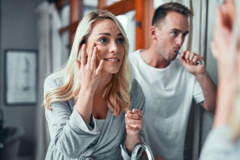 UTRO-VARSEL: – Opplever du at kjæresten din forandrer seg veldig, pynter seg ekstra eller oppfører seg annerledes, så er det all grunn til å ta det på alvor, sier parterapeut Anne Sigridsdatter Heen.