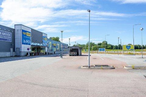 GLEM DETTE: Du kan ikke reise for å handle i Värmland de neste 14 dagene uten å få karantene. Det har regjeringen bestemt.