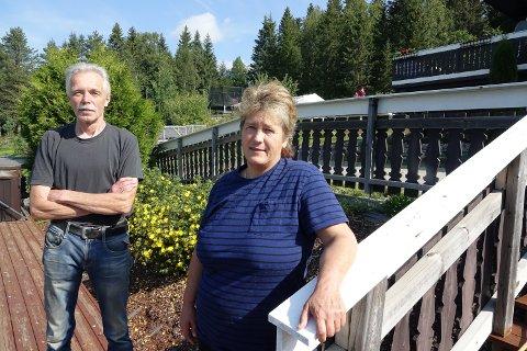 SKREMMENDE: Det hele ble en skremmende opplevelse for Ann Kathrin  Ødegård og samboer Mikael Kalberg i Risberget i Våler.