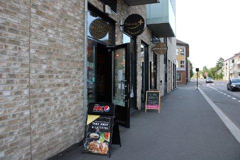 ÅPNET IGJEN: Både restauranten Thai Smile og Americana Grill & Bar i Lillestrøm fikk en kjip og uvanlig start på dagen, men fredag kveld var restaurantene igjen åpne som normalt.