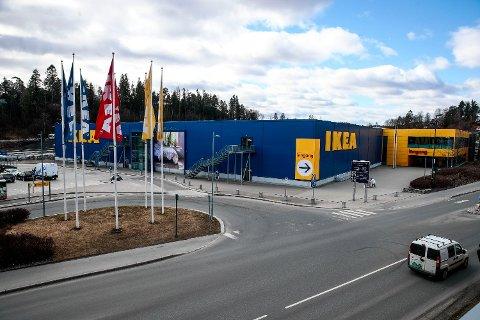 VIL PÅVIRKES: Ikea-butikkene vil kunne rammes av storstreiken i varehandelbransjen som kan bryte ut fra og med lørdag, dersom HK og Virke ikke blir enige under lønnsoppgjøret. Foto: Lise Åserud (NTB scanpix)