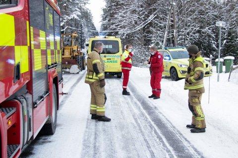 PÅKJØRSEL: Én gutt er alvorlig skadd, etter å ha blitt påkjørt av en bil i Eidsvoll onsdag ettermiddag. Foto: Stringer / NTB
