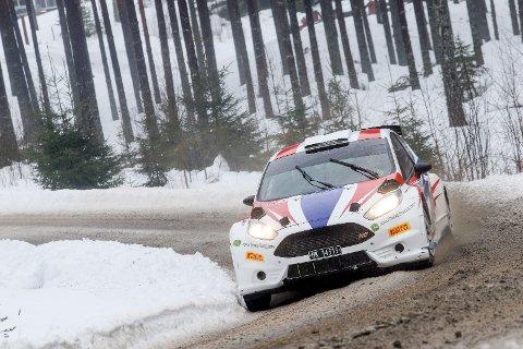 Lars Martin og Mads Ola Stensbøl har fått fart på sin nye bil etter at de gikk over til toppklassen i norsk rally sent i fjor.