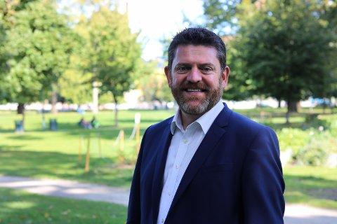 INNSTENDIG OPPORDRING: På vegne av industri  og næringsliv i Kongsvinger-regionen ber 7Sterke-leder Chris Samways politikerne i Ullensaker om å bli med videre i E16-prosessen.
