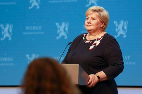 Statsminister Erna Solberg under en pressekonferansen om koronasituasjonen.