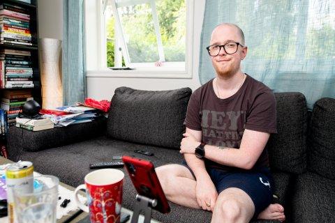 LANG KAMP: Tom Helge Rasmussen Uhlen fra Jessheim er en av over 900 nordmenn som har søkt om erstatning i forbindelse med svineinfluensa-vaksinen Pandemrix i 2009. I november skal ersatningssaken avgjøres i Romerike og Glåmdal tingrett.