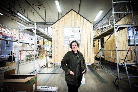 SNART KLART: Om et par uker er minihuset til Nina Syvertsen klart, men hun vet fremdeles ikke hvor hun skal sette det hen.