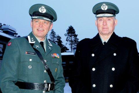 USIKKER: Oberstløytnant Ove Staurset og generalinspektøren for Heimevernet, Tor Rune Raabye. Foto: Vidar Heitkøtter