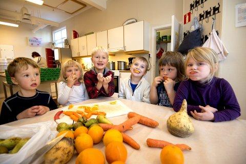 Like god: Spise, ikke kaste, mener ungene i Lillehammer barnehage.