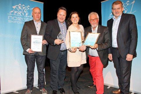 Flere lokale representanter var til stede under overrekkelsen av prisene: Ildsjel Åge Rusten, Eiliv Furuli, Kristen Lemme, Stein B. Olsen og skipresident Erik Røste.