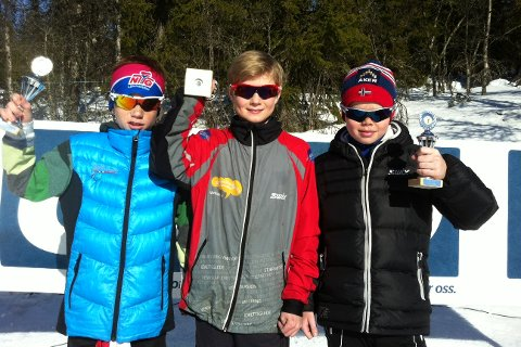 Syver Brøste Nørstegård, Falk Håkenstad-Bråten og Ola Aurmo på pallen for gutter 12 år.