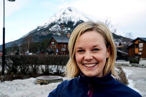 Næringssjef i Lom, Åshild Myhre Amundsen er en av fire søkere til jobben som programleder for omstillingsprosjektet i Sel kommune.