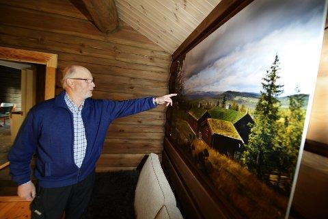 Øyvind Haverstad i Tinde Hytter mener hogsten var avklart med kommunen, men vil ikke protestere på pålegget. Bildet er tatt i en annen forbindelse.