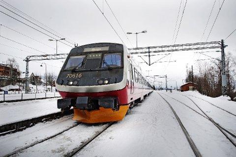 Omfattende vedlikehold sørger for stans i togtrafikken fra Eidsvoll til Lillehammer.