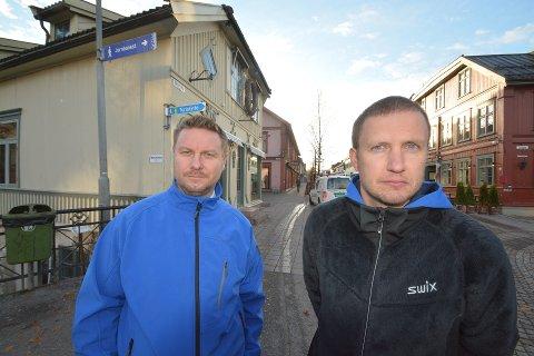 FÅR KRITIKK: Per Erik Lykstad og Bjønne Owren i Norsk Mottaksdrift AS.
