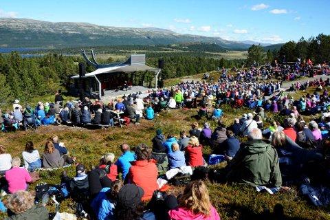 """MYE FOLK: Høgfjellskonserten """"Ved Rondane"""" har i mange år trukket mange til fjells for en musikalsk opplevelse."""