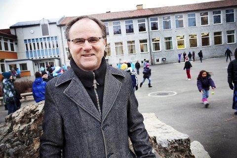 FORTSETTER:  Trond Johnsen fortsetter som skolesjef i Lillehammer.