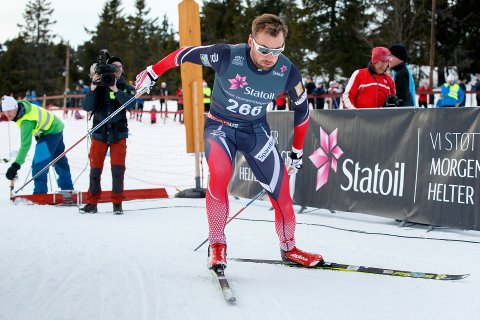 Petter Northug ut fra start på 15 kilometer friteknikk i norgescup på Sjusjøen lørdag. Da var det 50 dager siden han gikk sitt forrige skirenn.