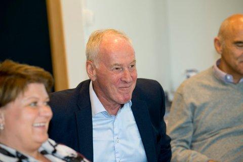 """Knut Hage og Arthur Buchardt får """"go"""" fra ordfører Anita Ihle Steen for planene om Moelv-utbygging."""
