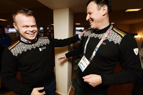 TAKTSKIFTE må til: Lillehammer-ordfører Espen G. Johnsen (t.v.) og idrettspresident Tom Tvedt smiler, trass i en selvpålagt passivitet knyttet til arbeidet for et nytt vinter-OL til Norge.