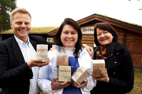 RESULTAT: Terje Langholm og Torunn Linneberg i Innovasjon Norge viser til gode resultat. Heidal Ysteri har vært blant deltakerne i næringsprogrammet.