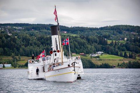 Skibladner får tre millioner kroner til fartøyvern i 2017 av Riksantikvaren.