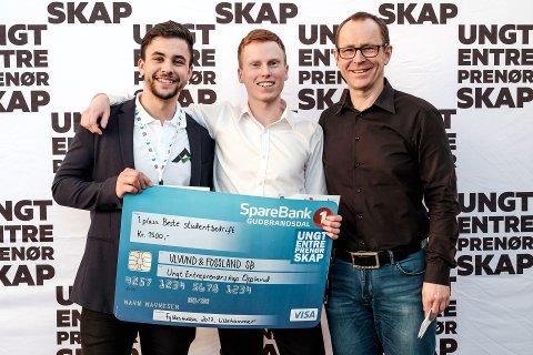 Ulvund & Fossland SB med prisutdeler Henning Holmbakken på Høgskolen i Innlandet - Lillehammer