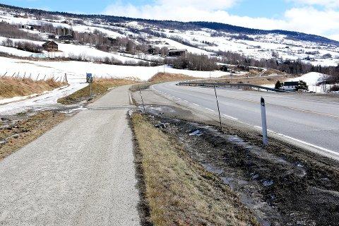 VIL HA MER: Gang- og sykkelveg i Sør-Fron.