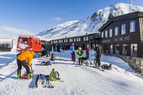 REKORD: Leirvassbu Fjellstue hadde for første gang over 5.000 gjester i vintersesongen.