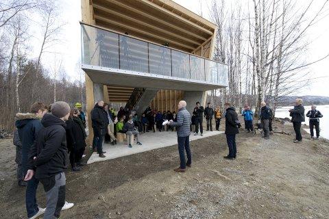NYTT BYGG: Hva skal det nye bygget på Strandpromenaden på Lillehammer hete? Her fra åpningen.