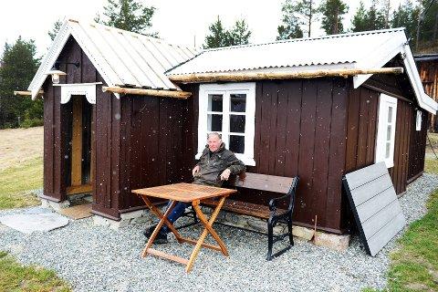 Olufhuset: Stein Karlsen har restaurert «Olufhuset», hvor to lokale ble skutt under 2. verdenskrig. Stedet var «basen» for Milorg i Sel, men ble avslørt. 29.mars 1945 stod tyskerne på døra. Alle foto:Einar Almehagen