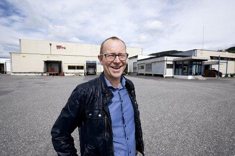 LOKALMATENTUSIAST: Henning Holmbakken ønsker å samle lokalmat-produsenter i Lillehammer, Øyer og Gausdal i lokalene til Nortura på Lillehammer.