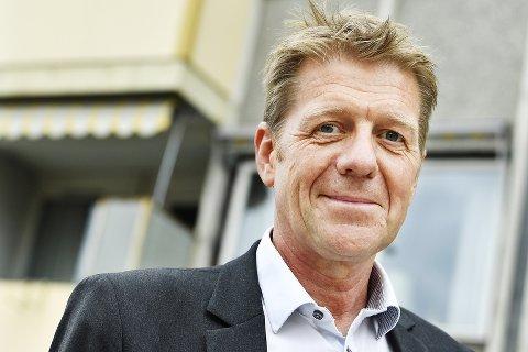 SPARING: Som de fleste andre banksjefer, kan Bjørn Warnaar i DNB tilby nye spareordninger denne høsten, gjennom aksjesparekonto og en  forbedret pensjonsspareordning.  Foto: Asmund Hanslien
