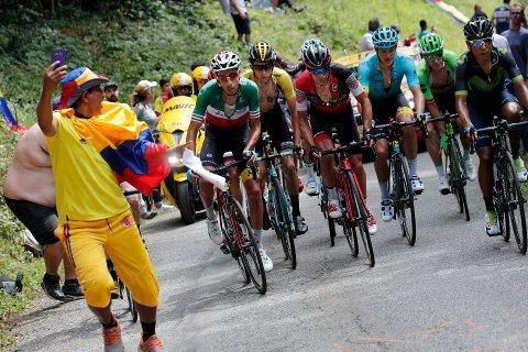 Slovenske Primoz Roglic (nr. 2 f.v.) kunne juble for etappeseier onsdag.