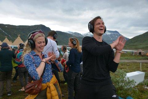 Kristoffer Grønnevik Hansen og Christine Munch syntes  «Silent Disco» var en fantastisk opplevelse.