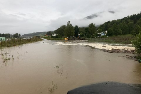 Gudbrandsdalen fikk hard medfart av regnværet søndag kveld og natt til mandag. Bildet er fra Sør-Fron.