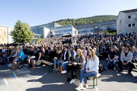 Skal studentene i Lillehammer i framtida si at de går på Bjørnson universitet i stedet for på Innlandsuniversitetet?
