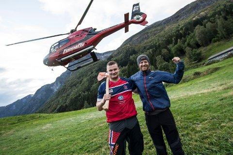 Vebjørn Bleka Sønsteby og Espen Fadnes etter stuntet ved Flo i Stryn.