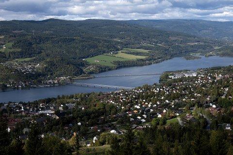 Oppland Bondelag mener det er best at et østalternativ velges på E6 forbi Lillehammer.