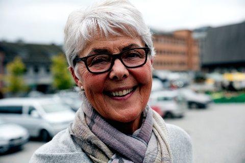Leder av Brystkreftforeningen Lillehammer, Dagny Seielstad, mener det er viktig med forskning på senskader.