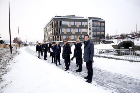 ROSENLUND: I juni kommer ankesaken opp i Eidsivating lagmannsrett etter at partene NCC og Rosenlund Kontorbygg ikke er enige om sluttregningen for utbyggingen. Bildet er fra befaringen under rettssaken i Sør-Gudbrandsdal tingrett.