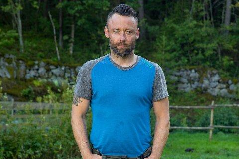 Tom Evensen fra Ringsaker deltar i 2017-sesongen av realityprogrammet Farmen på  TV 2.